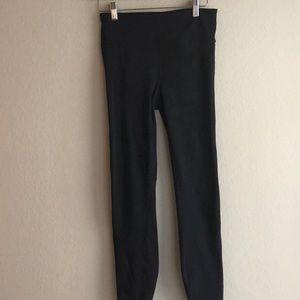 Gap Fit Black Compression Leggings - Like New
